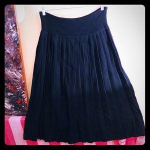 👠NEW ITEM👠EUC VTG black lambs wool pleated skirt